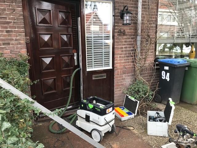 Vlaardingen oude voordeur beveiligd